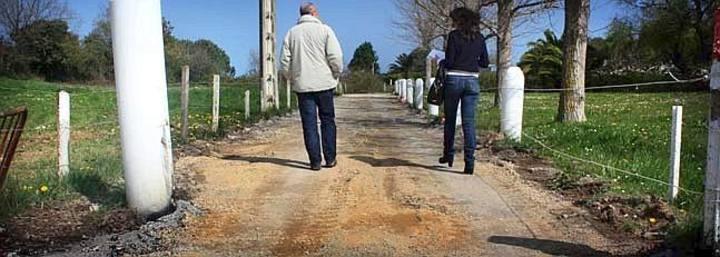 Roban 300 metros cuadrados de carretera en Mogro (Cantabria)