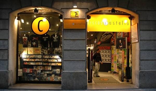 Tiendas de discos emblemáticas que desaparecen...el último titular nos lo  ha dado Discos Castelló de Barcelona que presenta concursod e acreederos a8fb581ddc2