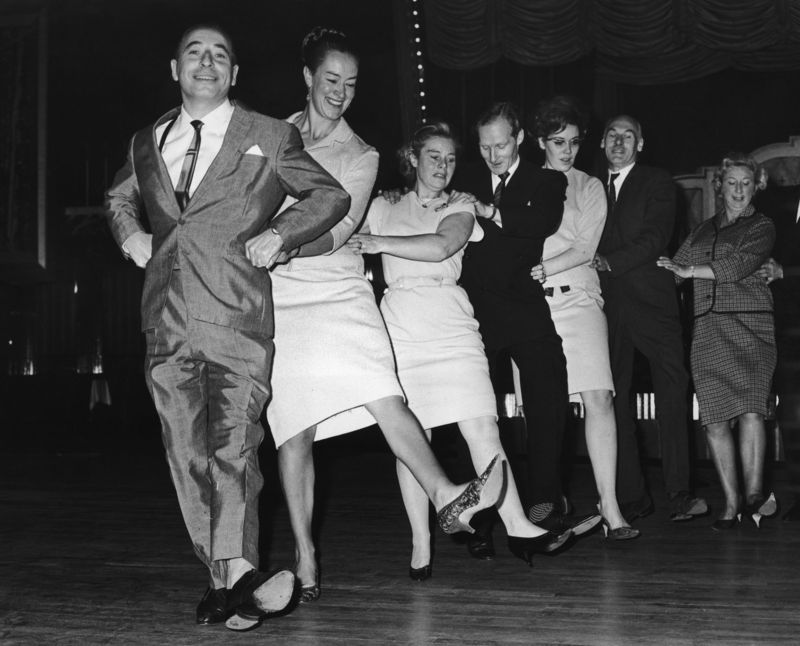 Conga dancing - Courtesy Keystone/Hulton Archive/Getty Images