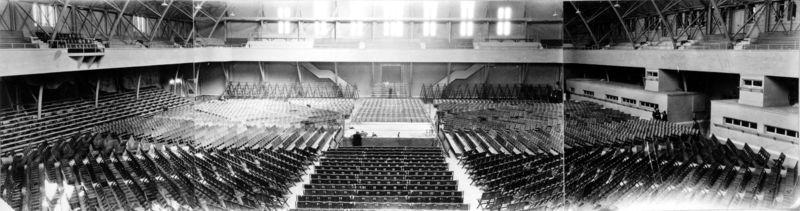 En las instalaciones de la Armería se celebraron combates de boxeo [Foto: Wikipedia]