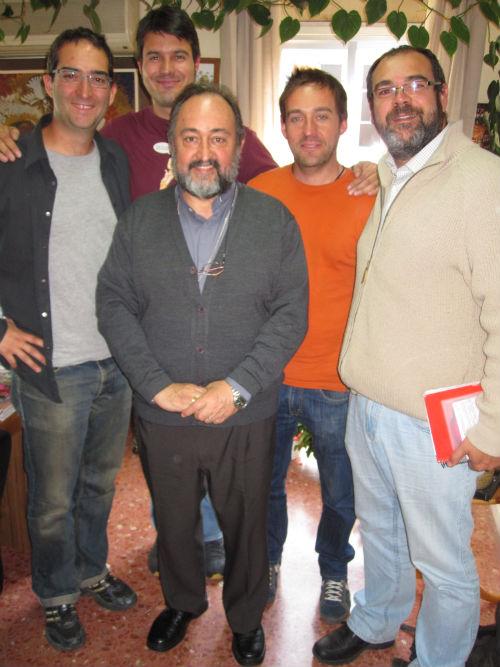 Aguirre y equipo vertical