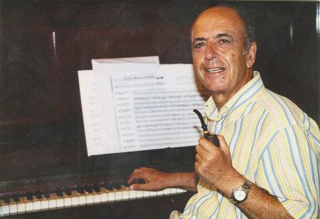 Josep Solà al piano amb pipa BLOG