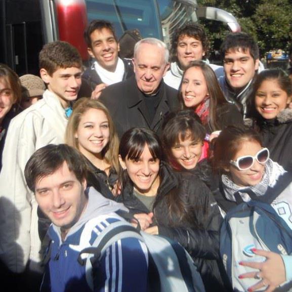 Papa Francisco con jóvenes agustinos recoletos JAR