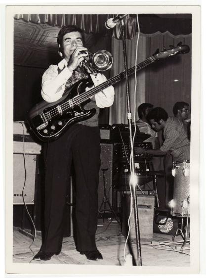 1969 Emili de la Torre baix i trompeta a Los de la Torre BLOG