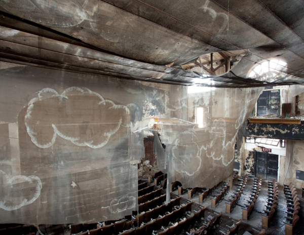 Proctors_palace_roof_theatre_01