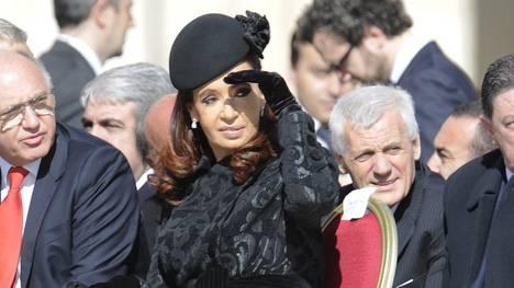Presidenta-Cristina-Papa-Francisco-AP_CLAIMA20130319_0084_17