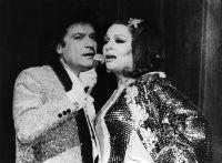 1980's Ramon Calduch i Sara Montiel canten a Doña Sara de La Mancha BLOG