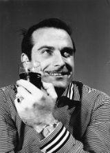1960's Ramon Calduch amb got a la mà BLOG
