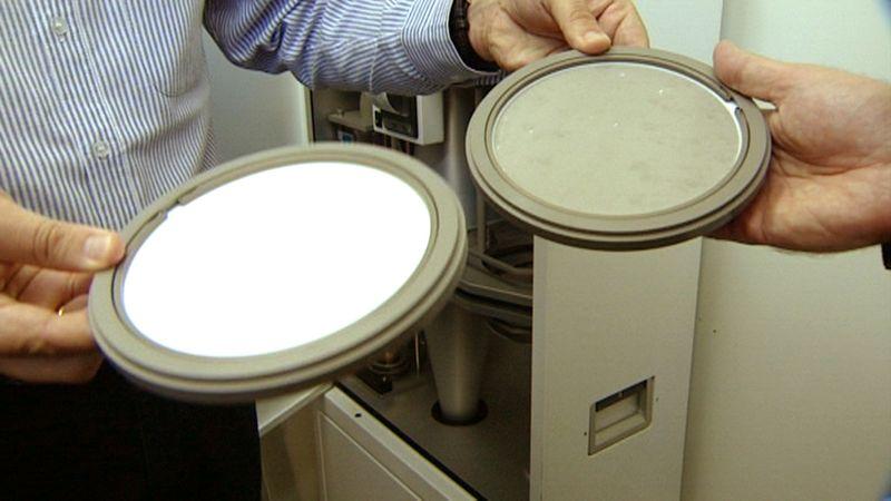Aquí se aprecia cómo queda un filtro de partículas tras unos días de uso