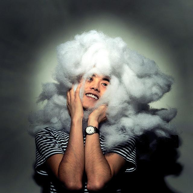Cloud-costume