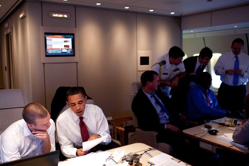 Barack_Obama_and_Jon_Favreau_in_Air_Force_One