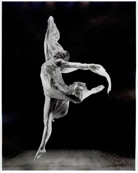 Isadora baila