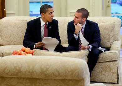 Wh_Jon_Favreau_and_Obama