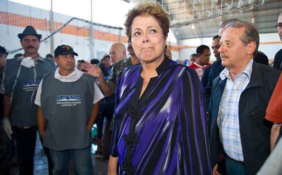 Dilma-rousseff-en-el-centro-deportivo-de-santa-maria-en-rio-grande-do-sul