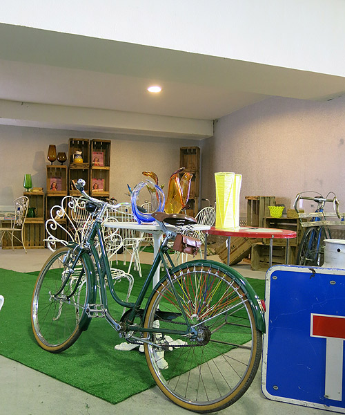 Bicicleta-retro-en-I-Love-Retro,-La-vida-al-bies