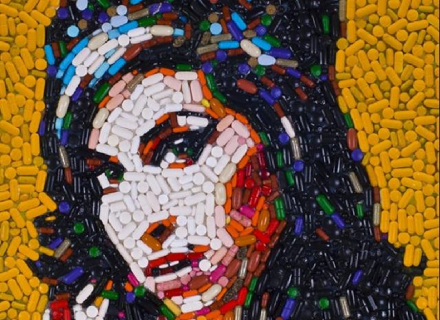 IFWT-Amy-Winehouse-pill-portrait