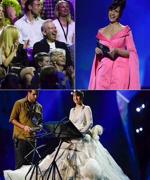 Jean-Paul-Gaultier-entre-el-publico-de-Eurovisión-2013-riendo-con-Petra-Mede
