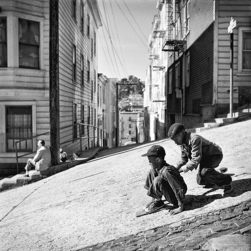 Fred Lyon - Sleigh Ride, Kearny Street, North Beach  1952 - Courtesy of the artist and Modernbook Gallery, San Francisco