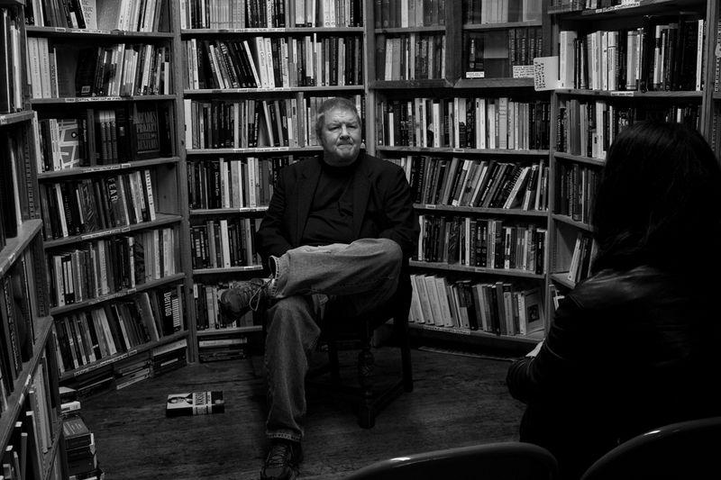 [Jeff Guinn en Green Apple Books - Foto: Jose Ángel González]