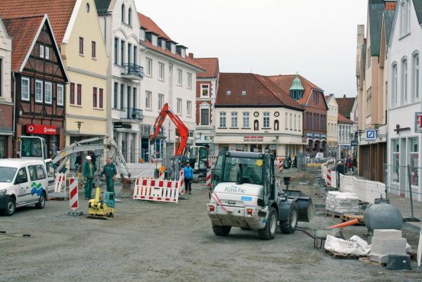Foto-dov-fall-7-bauarbeiten-rathausvorplatz-verdener-aller-zeitung[1]