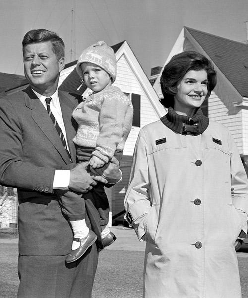 La-familia-Kennedy,-en-un-foto-en-blanco-y-negro