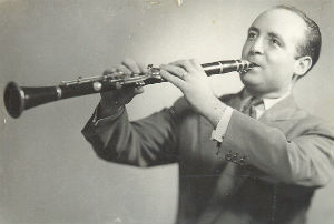 1949 Adolf Ventas millor clarinetista del any segons el Hot Club de MadridBLOG