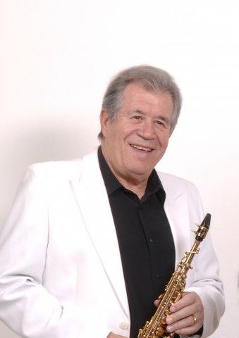 Juan Mena soprano BLOG
