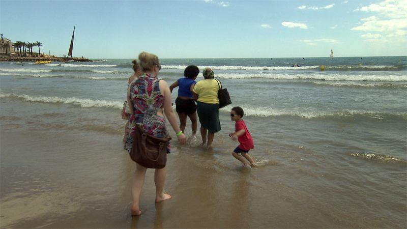 Casi dos millones de turistas van cada año a la Costa Dorada