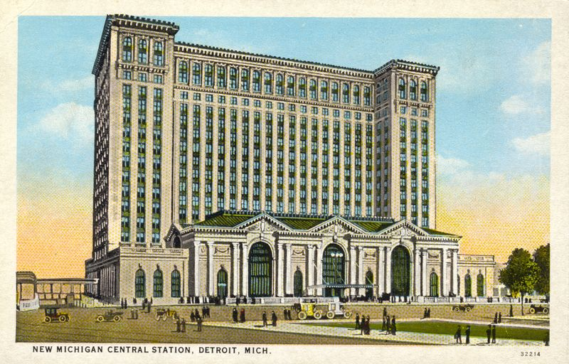 POSTCARD_New_Michigan_Central_Station_circa_1915