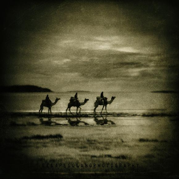 Three Magic Kings (imagenes-imperfectas.deviantart.com)