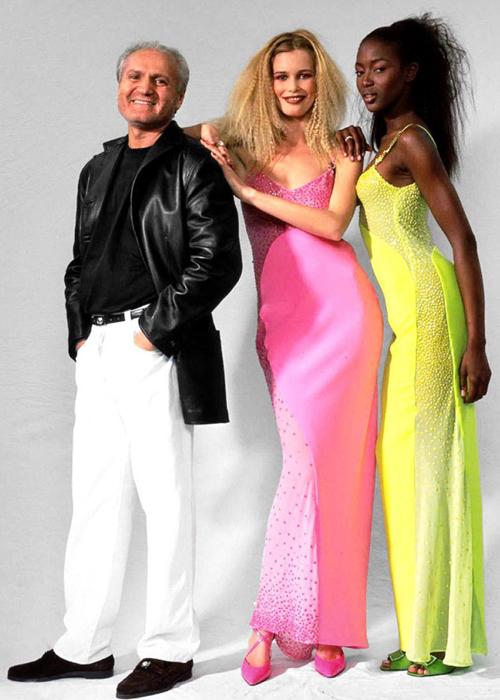 Gianni-Versace-con-Claudia-Schiffer-y-Naomi-Campbell