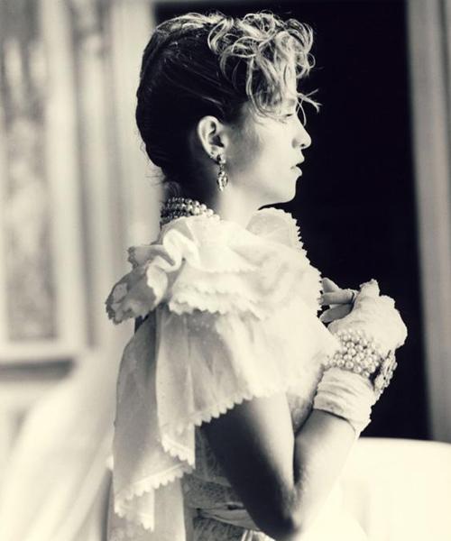 madonna y el vestido de novia de 'like a virgin' - la vida al bies