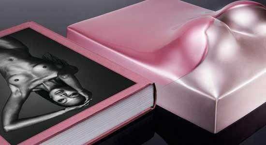 Libro-y-estuche-de-Naomi-Campbell