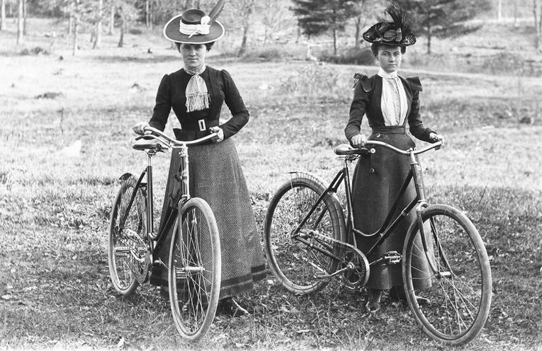 Mujeres-en-bicicleta