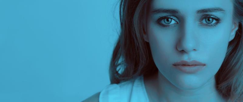 Sad-girl-1382940_1280