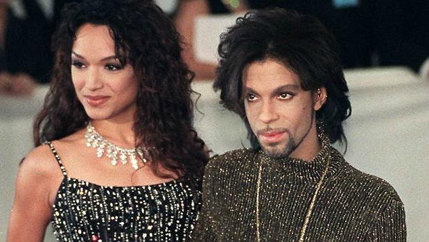 Prince con Mayte GarcíaOk