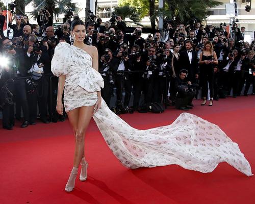 Kendall-Jenner-en-Cannes