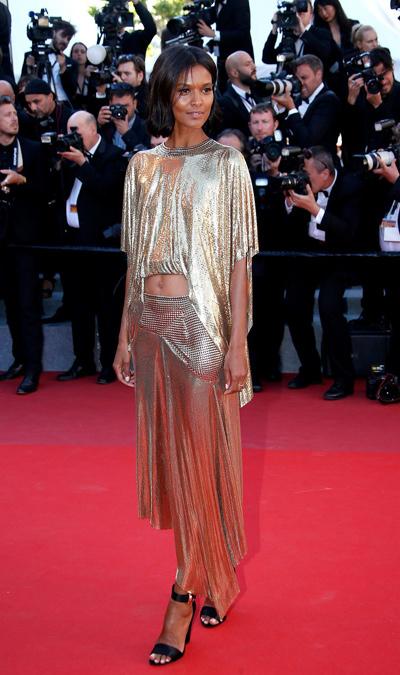 Liya-Kebede-con-vestido-de-Paco-Rabanne