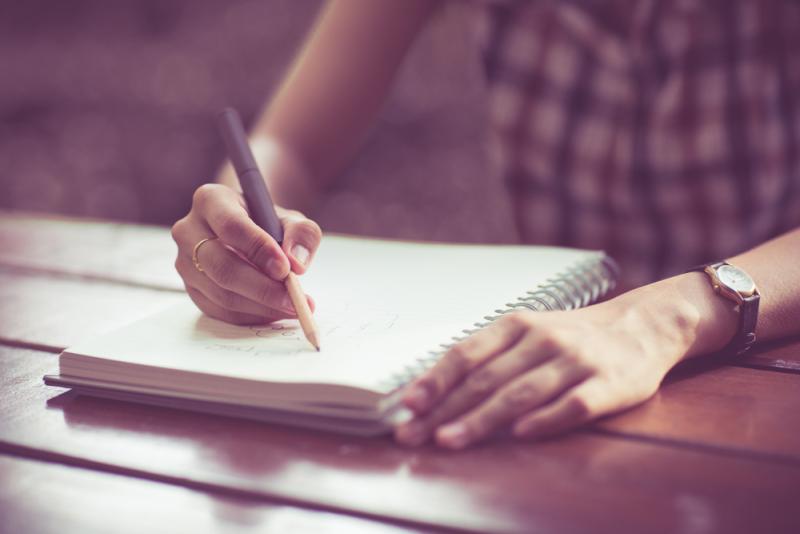 Beneficios de escribir a mano - Mente