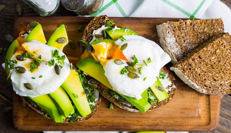 R_h_sandwich-con-avocado-e-uovo-in-camicia