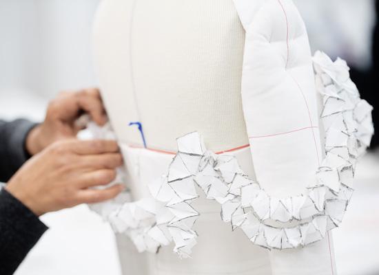 Costureras-de-Chanel.jpg