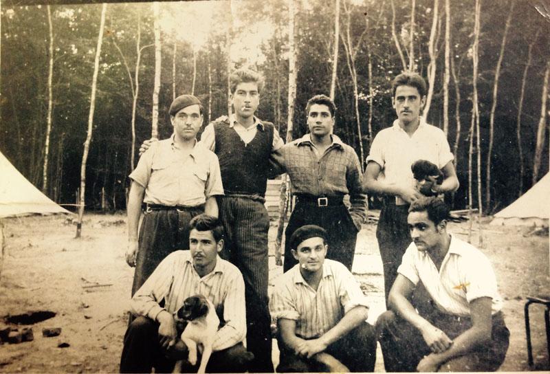 Grupo de republicanos de la 51º Compañía de Trabajadores Española