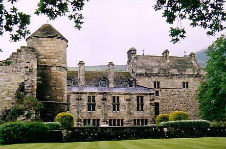 Falkland_Palace_Foto Wikipedia_Sam Styles