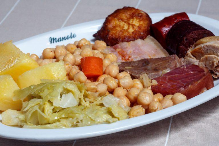 Manolo-Restaurante_Cocido-Madrileño_21-01-15_2_NA-768x512
