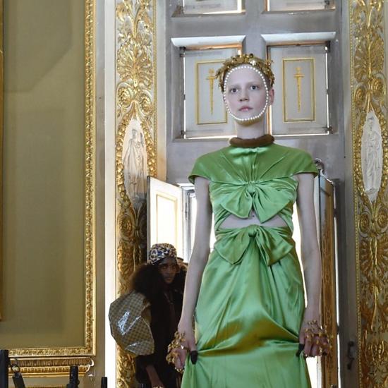Vestido-verde-de-noche-de-Gucci -colección-crucero-2018