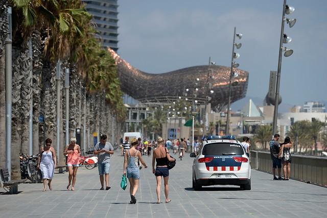 Turistas en Barcelona_Foto AFP Josep Lago
