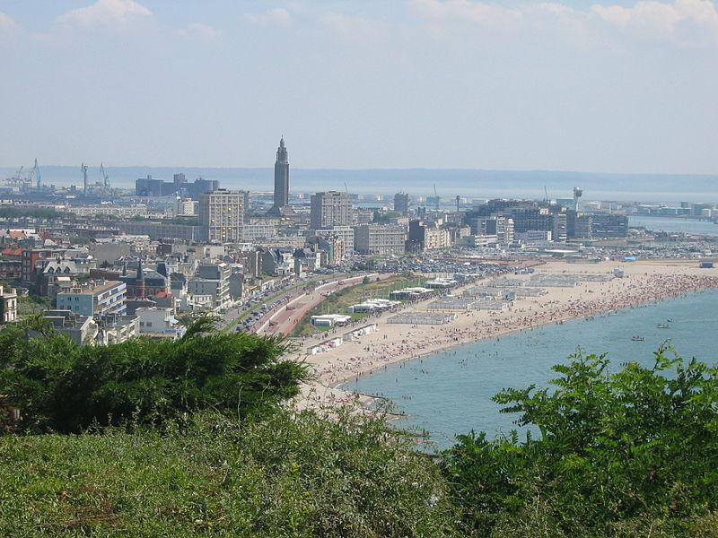 800px-Le_Havre_Vue_Plage_14_07_2005_Foto Wikipedia