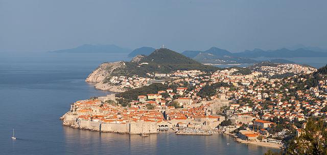 640px-Casco_viejo_de_Dubrovnik _Croacia _2014-04-14 _DD_09