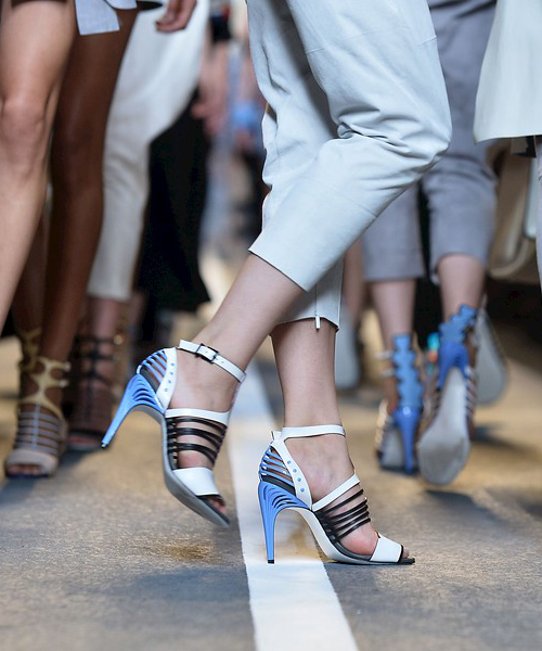 140691cd70b3c 12 zapatos para triunfar este verano - La vida al bies. Blog de moda ...
