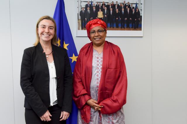 Mogherini y Kané Boulama ministra exteriores Níger
